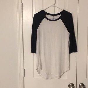 Cute Tresics black & white baseball tee.